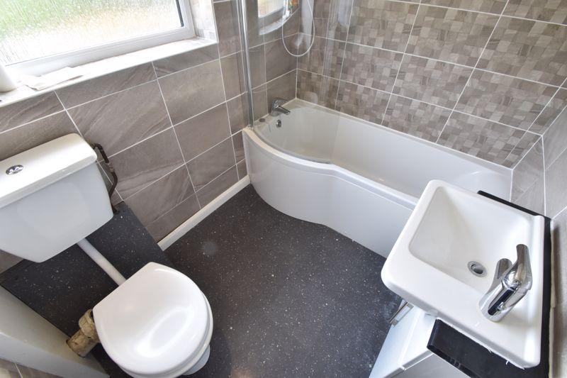 3 bedroom Mid Terrace to buy in Bedford Road, Dunstable - Photo 14