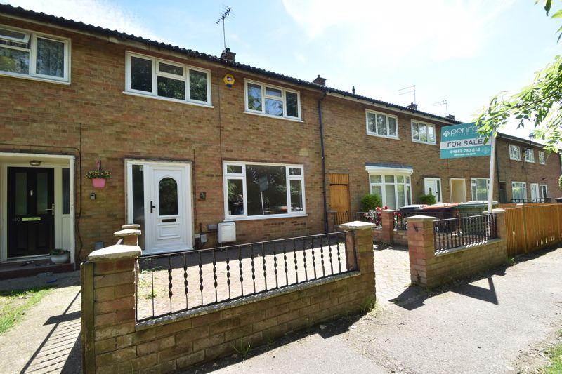 3 bedroom Mid Terrace to buy in Bedford Road, Dunstable