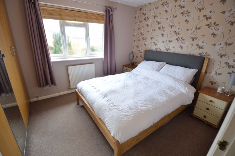 2 bedroom  to buy in Chalkdown, Luton - Photo 8