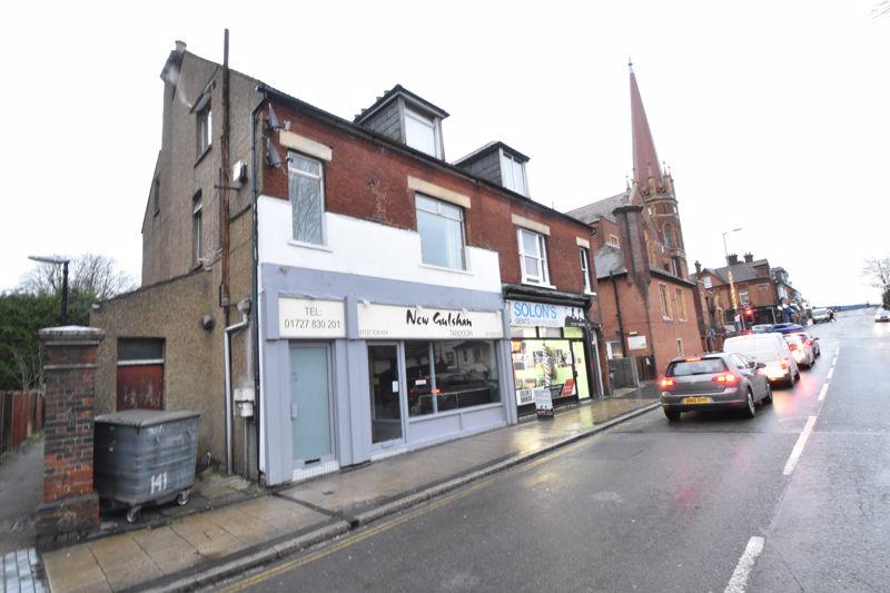 5 bedroom  to buy in Victoria Street, St. Albans