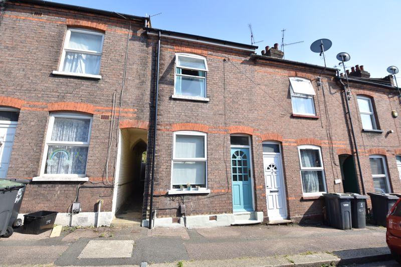 2 bedroom  to buy in Hartley Road, Luton