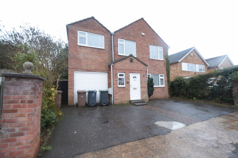 5 bedroom Detached  to rent in Malzeard Road, Luton