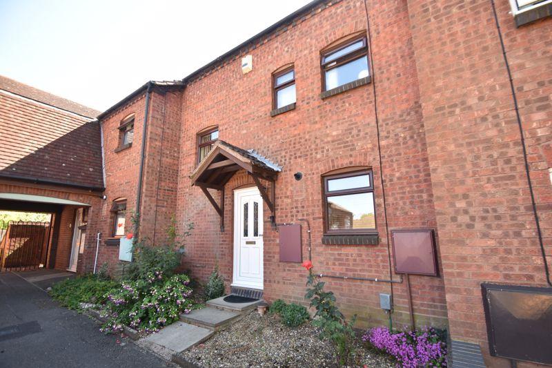 2 bedroom Mid Terrace to buy in Albion Court, Luton