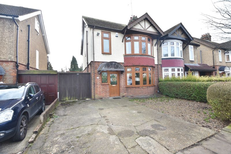 3 bedroom  to buy in Cutenhoe Road, Luton
