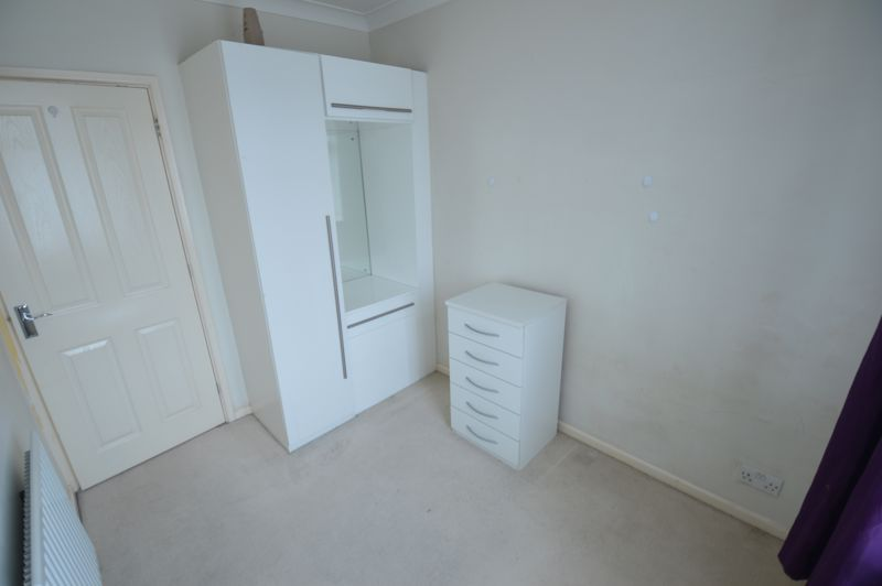 3 bedroom Semi-Detached  to buy in Eaton Valley Road, Luton - Photo 28