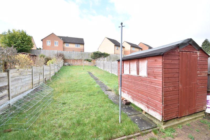 3 bedroom Semi-Detached  to buy in Eaton Valley Road, Luton - Photo 13