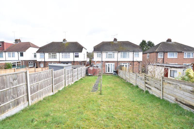 3 bedroom Semi-Detached  to buy in Eaton Valley Road, Luton - Photo 15