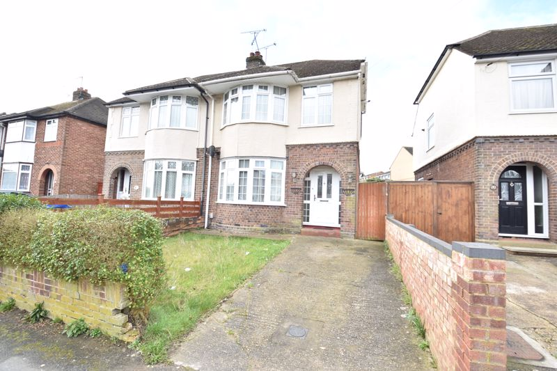 3 bedroom Semi-Detached  to buy in Eaton Valley Road, Luton - Photo 17