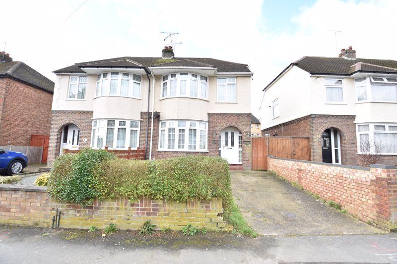 3 bedroom Semi-Detached  to buy in Eaton Valley Road, Luton - Photo 18