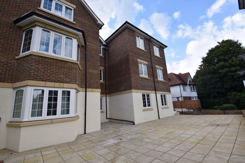 1 bedroom Flat to rent in 46 London Road, Luton