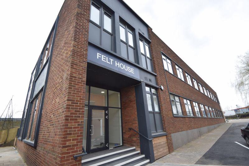 1 bedroom Flat to rent in Laporte Way, Luton