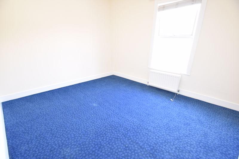 2 bedroom Mid Terrace to rent in Hartley Road, Luton - Photo 10