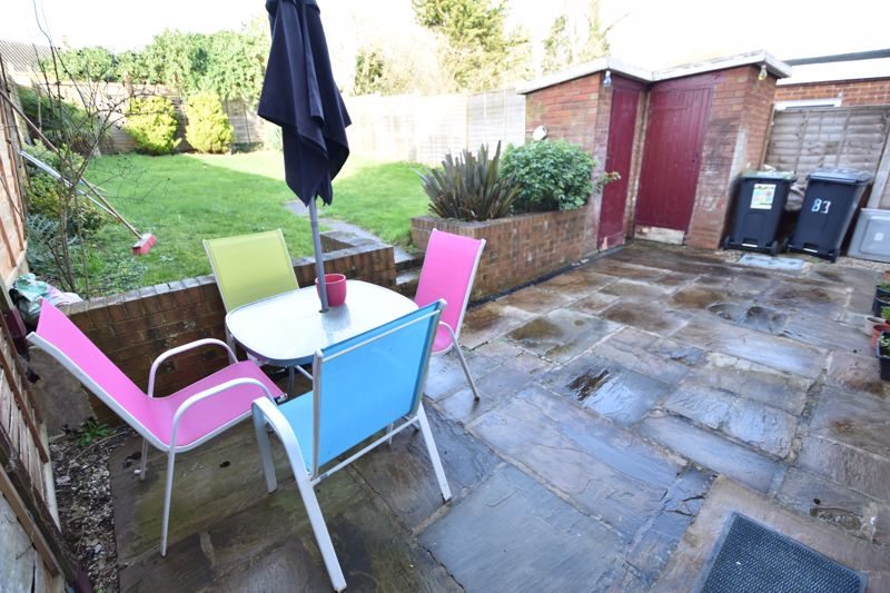 2 bedroom Semi-Detached  to buy in Dewsbury Road, Luton - Photo 3