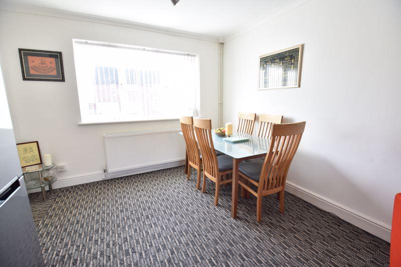 2 bedroom Semi-Detached  to buy in Dewsbury Road, Luton - Photo 15