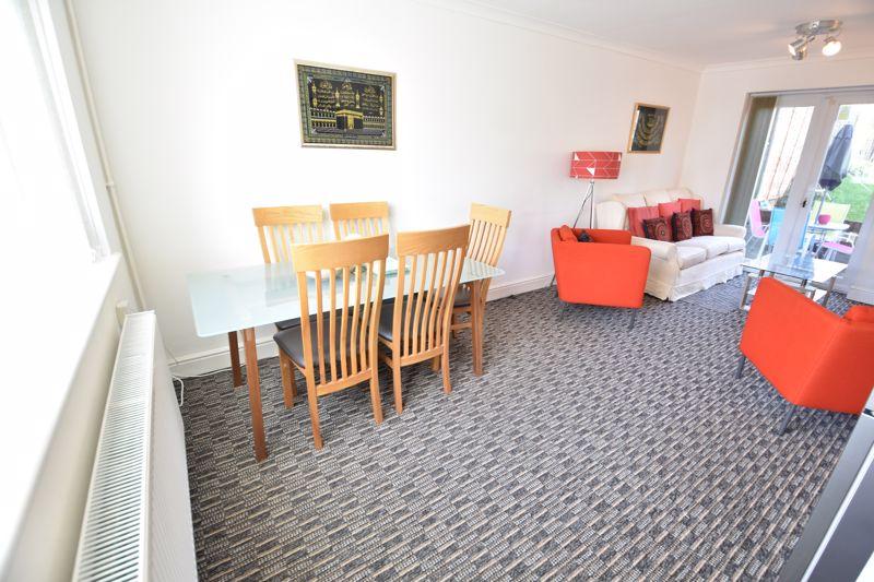 2 bedroom Semi-Detached  to buy in Dewsbury Road, Luton - Photo 16