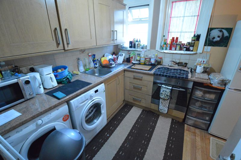 1 bedroom Flat to buy in 137 - 139 New Bedford Road, Luton - Photo 4