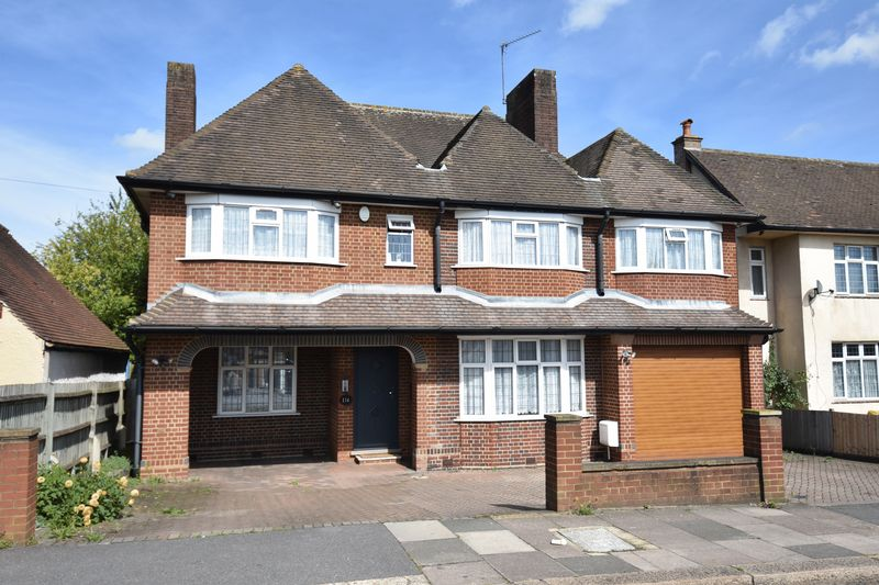 5 bedroom Detached  to buy in Montrose Avenue, Luton