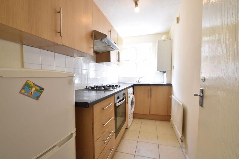 1 bedroom Maisonette to buy in Grove Road, Luton - Photo 7