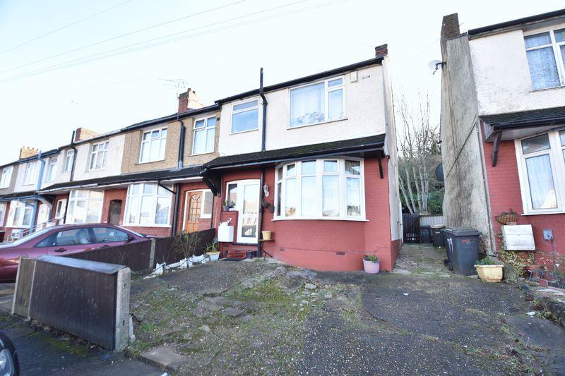 3 bedroom  to buy in Runley Road, Luton