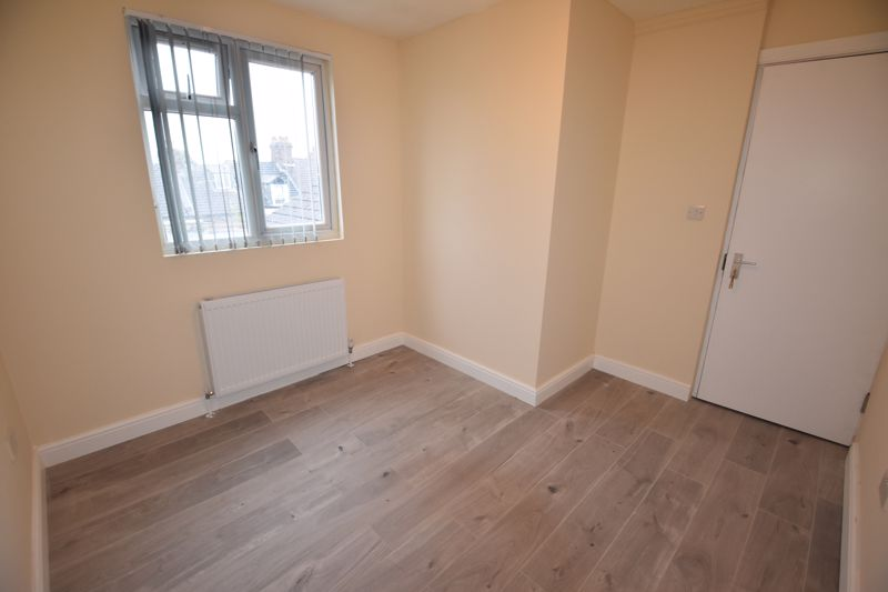 8 bedroom  to rent in Biscot Road, Luton - Photo 34