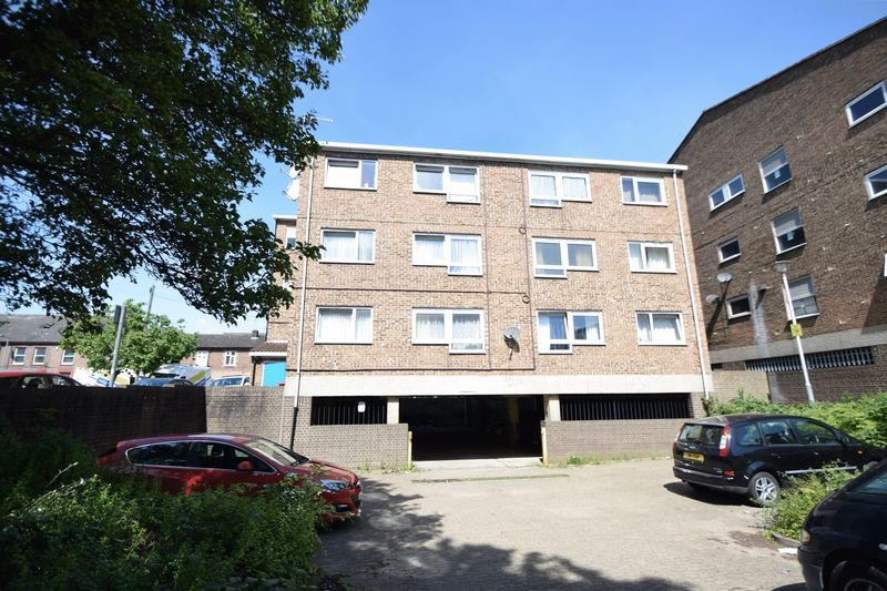 1 bedroom Flat to buy in Hastings Street, Luton