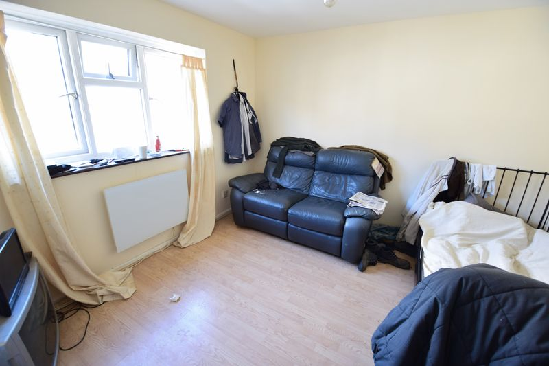 1 bedroom  to buy in 33 Cardigan Street, Luton - Photo 1