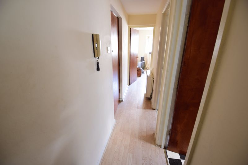 1 bedroom  to buy in 33 Cardigan Street, Luton - Photo 5