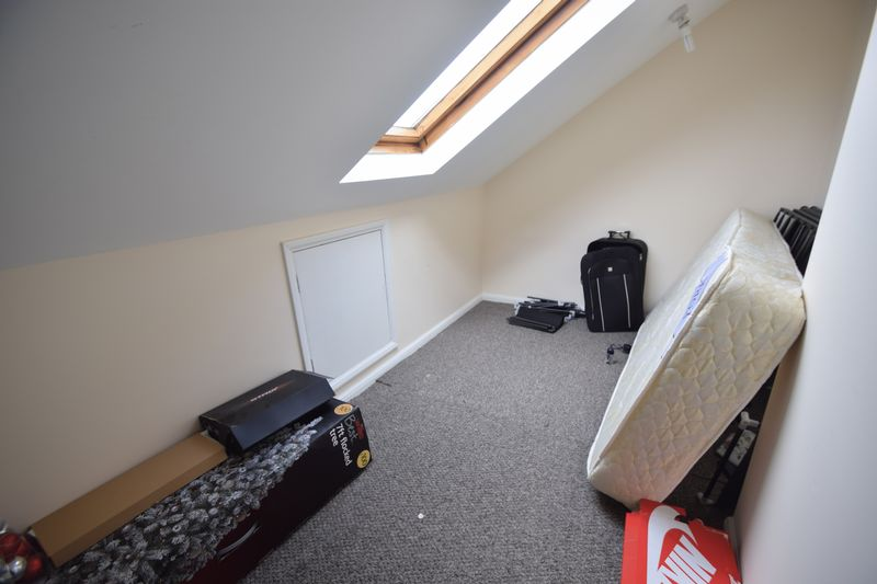 2 bedroom Mid Terrace to rent in May Street, Luton - Photo 10