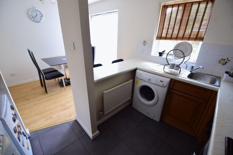 3 bedroom Semi-Detached  to buy in The Belfry, Luton - Photo 3