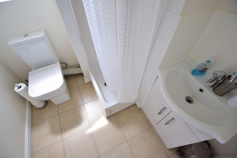 3 bedroom Semi-Detached  to buy in The Belfry, Luton - Photo 6