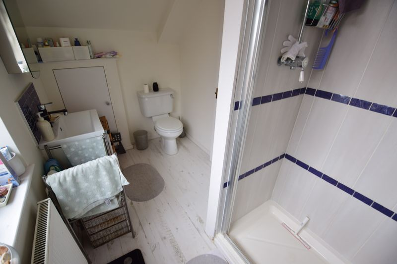 3 bedroom Semi-Detached  to buy in Saywell Road, Luton - Photo 10