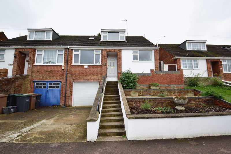 3 bedroom Semi-Detached  to buy in Saywell Road, Luton - Photo 16