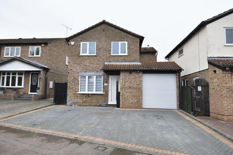 4 bedroom Detached  to buy in Celandine Drive, Luton