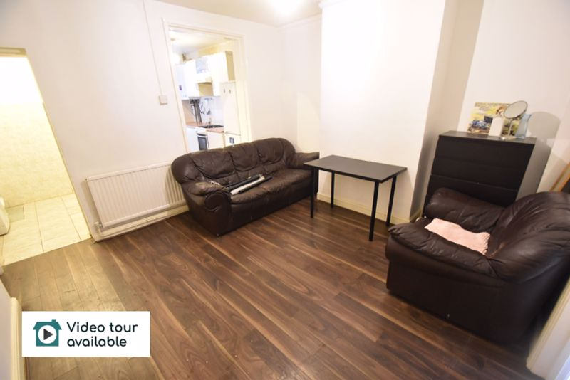 2 bedroom Flat to rent in Union Street, Luton - Photo 9
