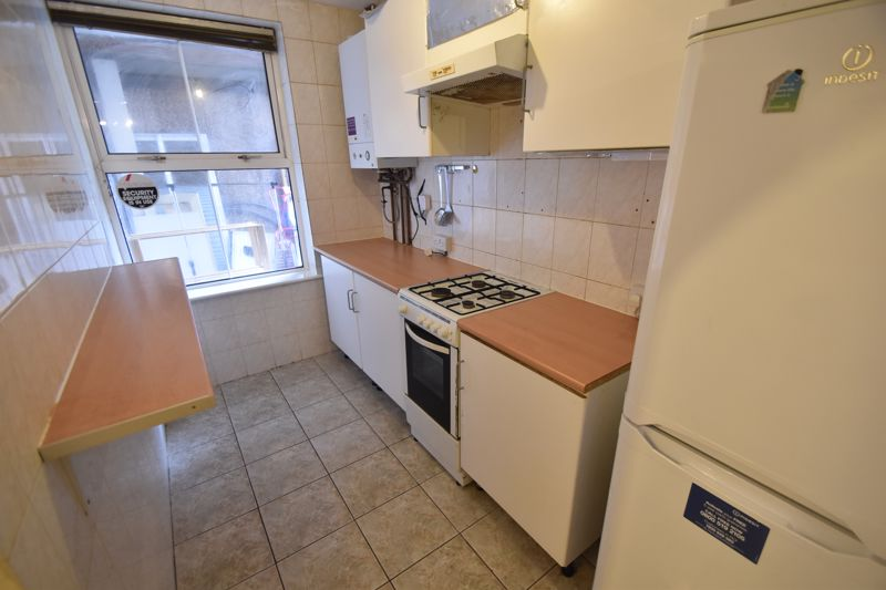 2 bedroom Flat to rent in Union Street, Luton - Photo 6