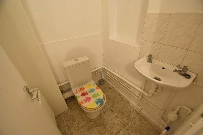 2 bedroom Flat to rent in Union Street, Luton - Photo 7