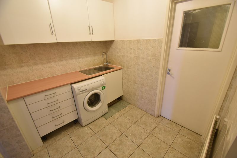 2 bedroom Flat to rent in Union Street, Luton - Photo 8