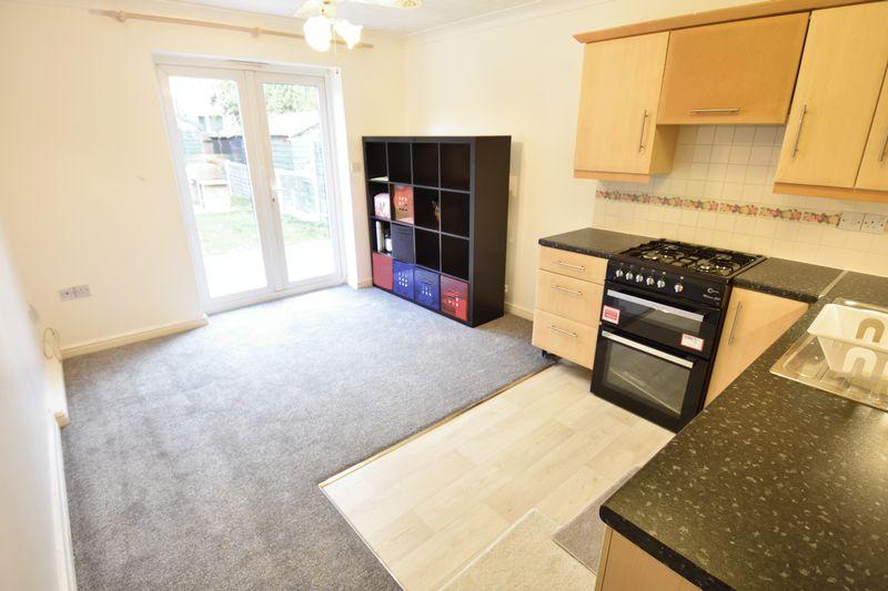 1 bedroom Flat to rent in Western Way, Dunstable