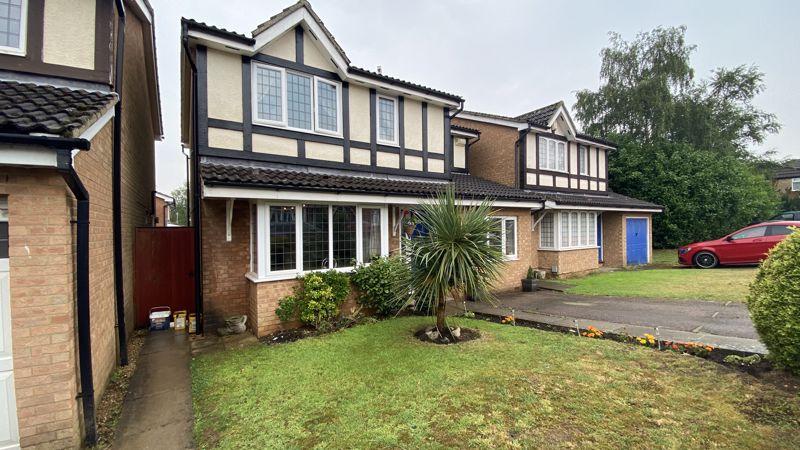 4 bedroom Detached  to buy in Kilmarnock Drive, Luton