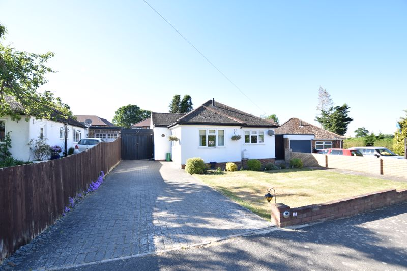 2 bedroom Detached  to buy in St. Marys Rise, Hitchin