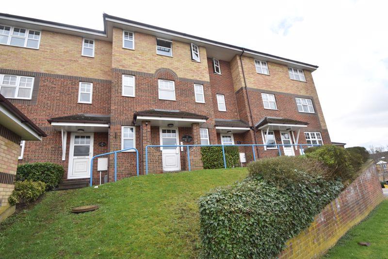 2 bedroom Flat to rent in Earls Meade, Luton - Photo 11
