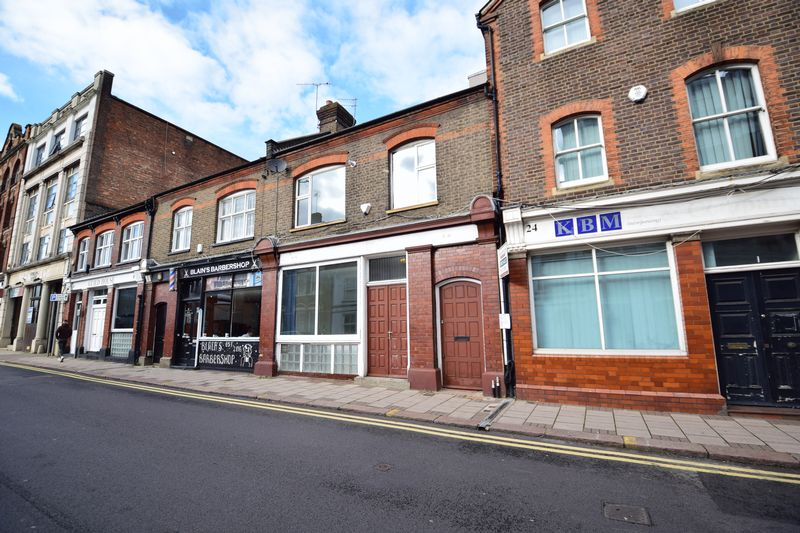 2 bedroom Apartment / Studio to buy in Guildford Street, Luton