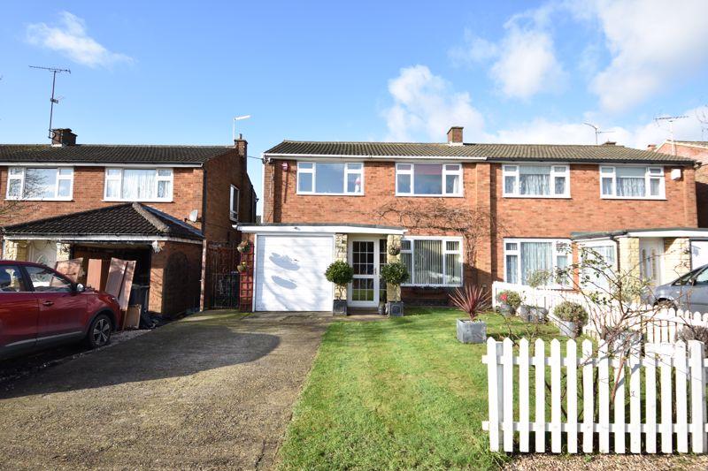 3 bedroom Semi-Detached  to buy in Stopsley Way, Luton - Photo 1