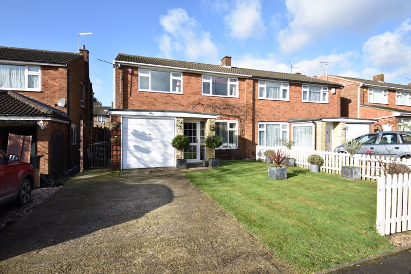 3 bedroom Semi-Detached  to buy in Stopsley Way, Luton