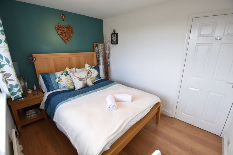 3 bedroom Semi-Detached  to buy in Stopsley Way, Luton - Photo 13