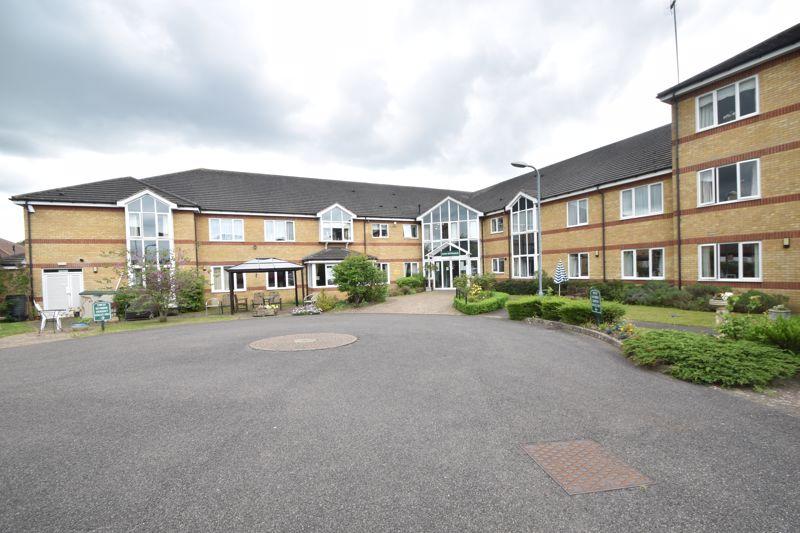 2 bedroom Retirement to buy in Bushmead Court, Luton