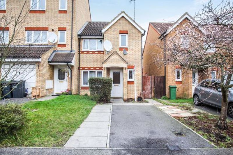 3 bedroom End Terrace to buy in Dunraven Avenue, Luton
