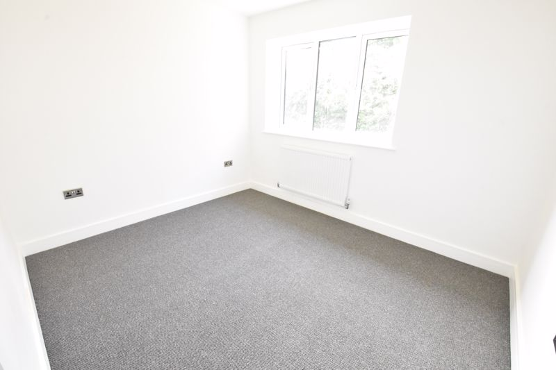 4 bedroom  to rent in Old Orchard, Luton - Photo 29