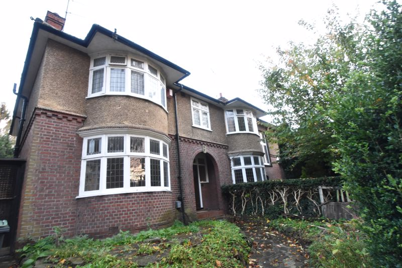 4 bedroom Semi-Detached  to buy in Old Bedford Road, Luton