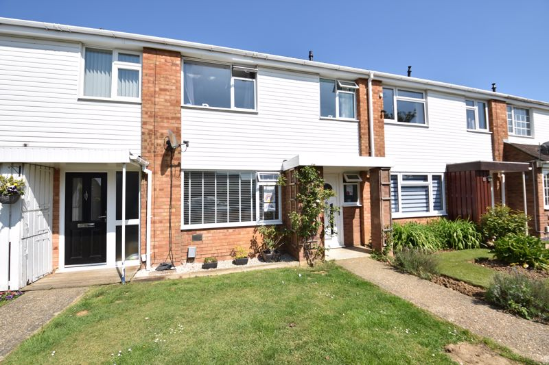 3 bedroom  to buy in Bracklesham Gardens, Luton